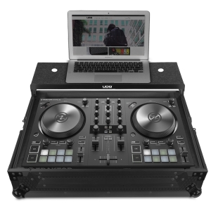 UDG Ultimate Flight Case NI Traktor Kontrol S2 MK3 Black Plus